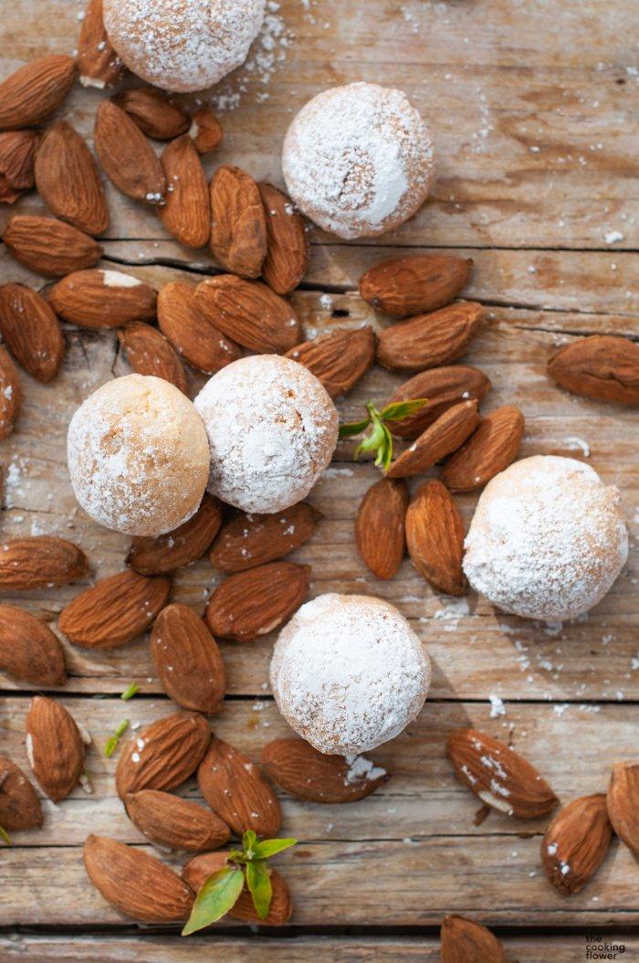 soft almonds cookies